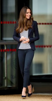 Kate middleton casual style outfit 23